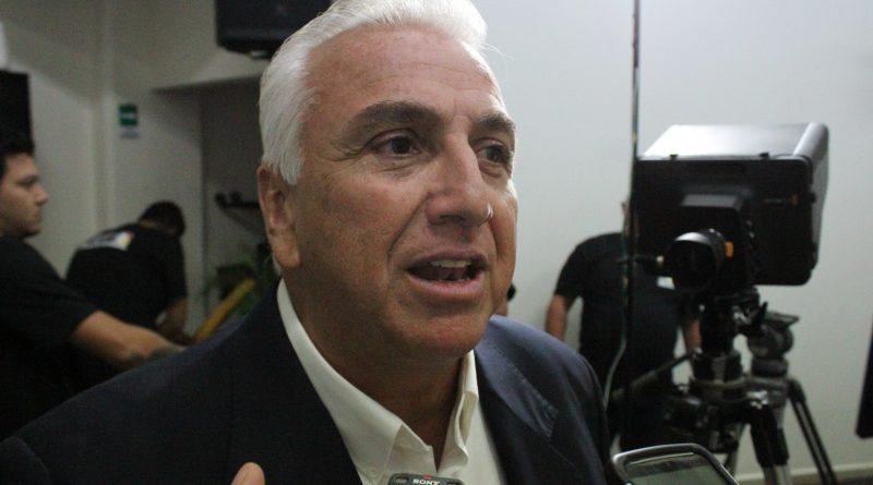 """""""Mientras otros candidatos se pelean, yo ofrezco  propuestas a los ciudadanos"""": Pepe Hevia"""
