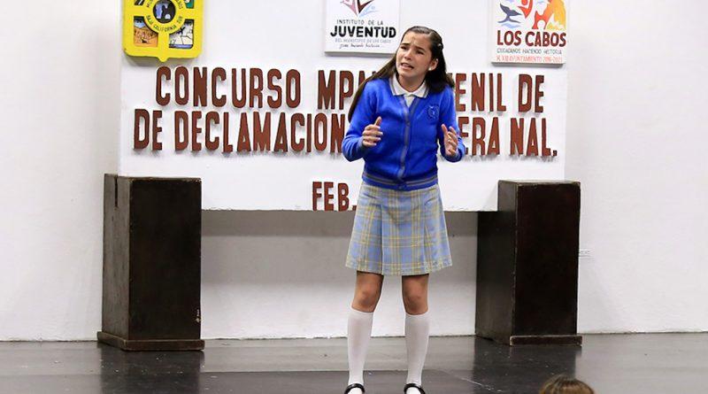 """Estudiantes cabeños participan en Concurso Municipal  de Declamación """"La Bandera Nacional"""""""