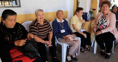 Reciben adultos mayores cálida atención en Casa Día de San José del Cabo