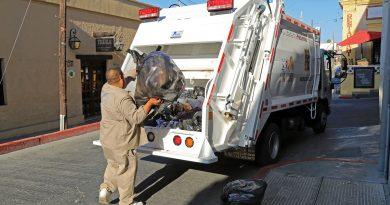 Refuerzan con 2 camiones, la recolección de basura del Centro Histórico de SJC