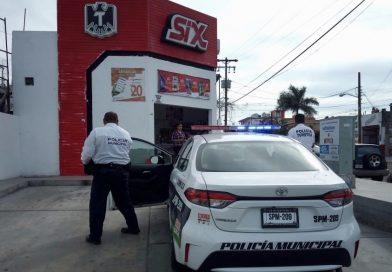 Asaltan Tecate SiX en la zona Centro; se llevan 880 pesos