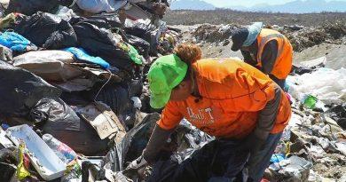 Restringen acceso  a personas que se dedican a la pepena de residuos