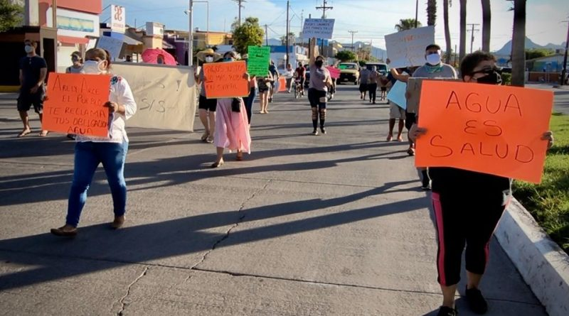 Pobladores de Loreto se manifiestan por falta de agua potable