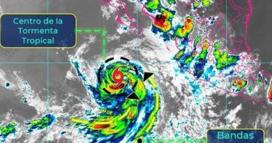 Cristina aumenta posibilidad de ser huracán lejos de las costas de BCS