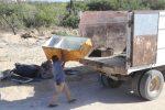 Retiran ramas, basura y cacharros de arroyos de Los Cabos