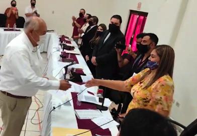 Víctor Castro se convierte en el noveno gobernadorde BCS